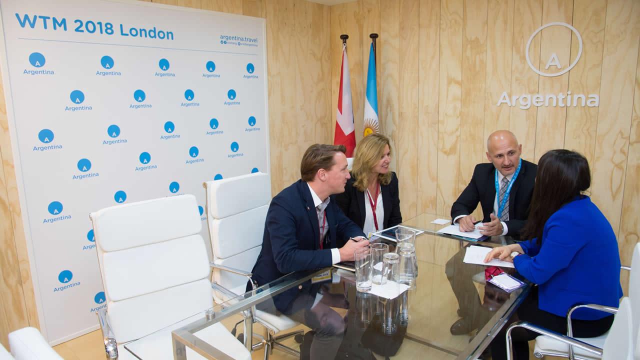 Argentina promociona su oferta turística natural en Londres