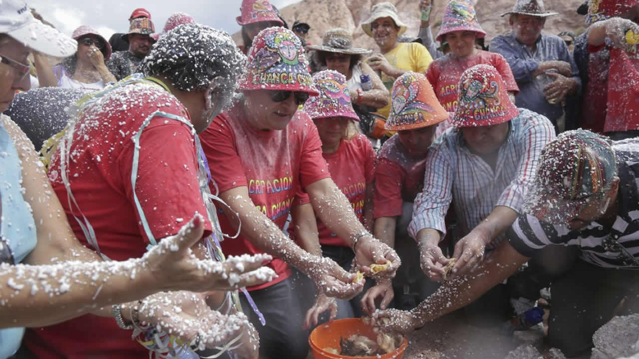 Jujuy: Mas de 30 mil personas en el carnavalodromo de Ciudad Cultural el primer dia